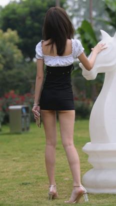 (套图二)苗条的长腿小姐姐(355P)[8.2G/JPG]